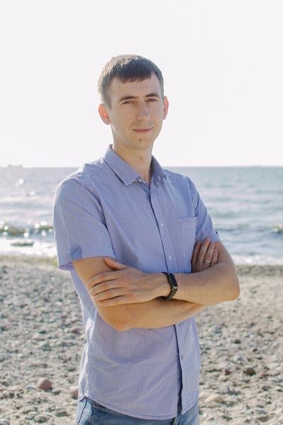 Антон Игонин