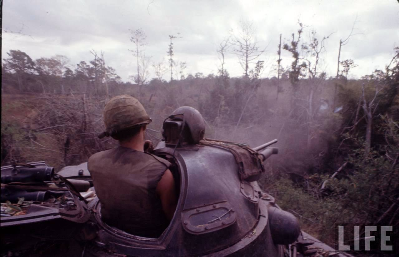 guerre du vietnam - Page 2 HxJ9uD9y0c8