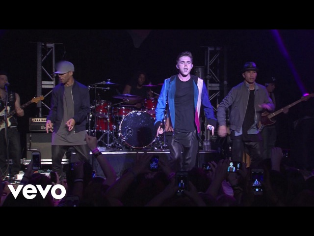 Jesse McCartney - Superbad (Live on the Honda Stage)