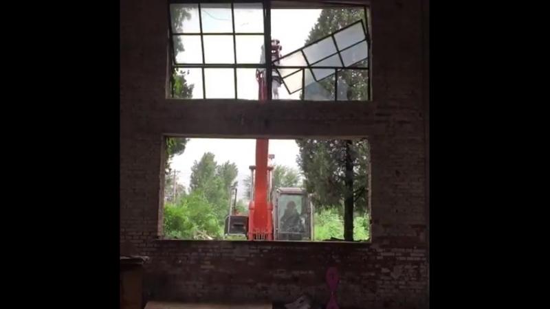 Work and destroy excavator ex machine