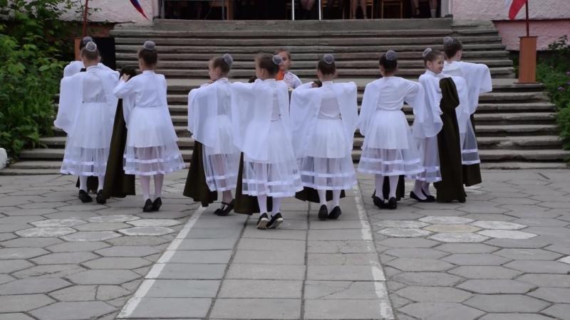 Концерт посвященный 9 мая. г.Феодосия школа №12