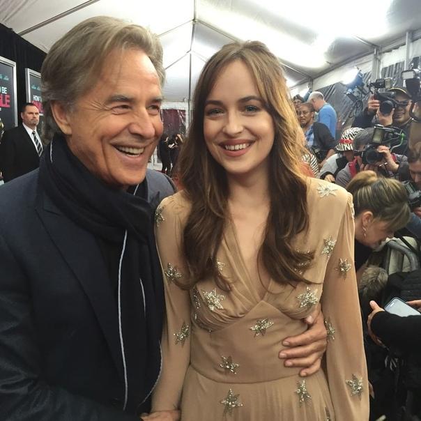 Отец Дакоты Джонсон назвал ее «одной из самых одаренных актрис из ныне живущих» Дон Джонсон высоко оценил актерские способности своей дочери. Актер стал героем нового выпуска The Sunday
