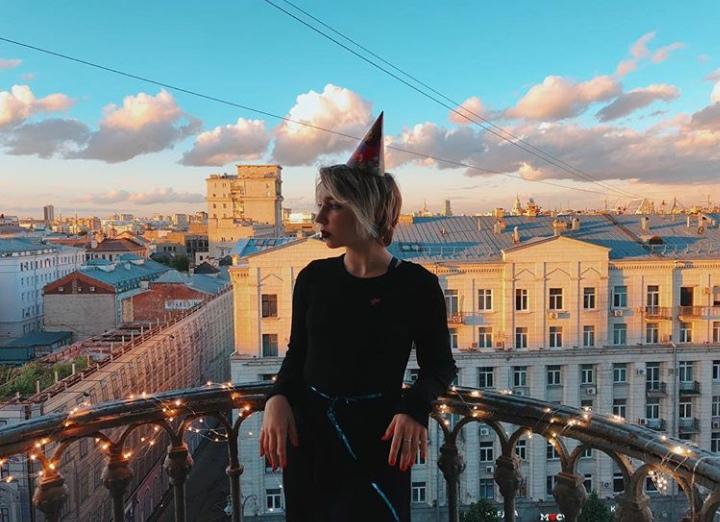 Ксюша Никонова | London