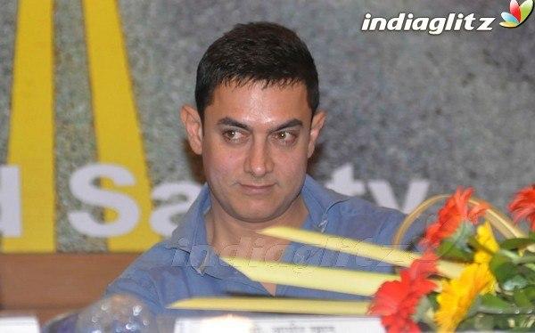 Salman Khan Daisy Shah Clicked On The Sets Of Jai Ho ... - photo#12
