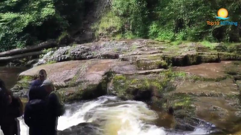 10 лучших мест для посещения в Уэльсе