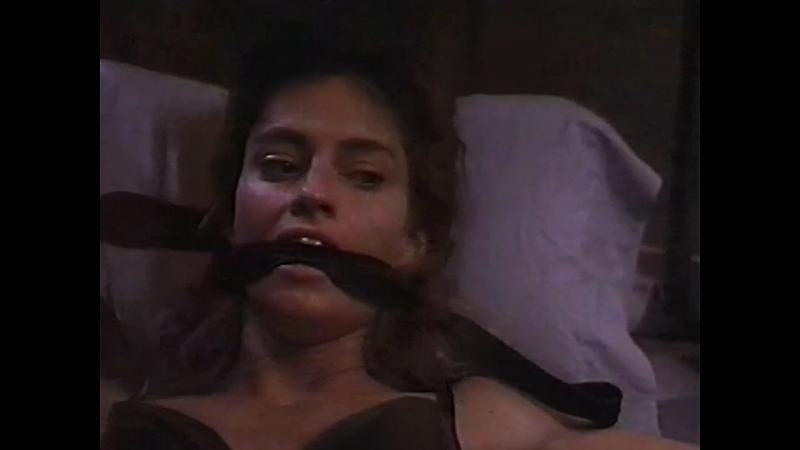 худ фильм триллер бдсм похищение бондаж сексуальное насилие Дрожь Quake Aftershock The Stalker 1992 год Эрика Андерсон