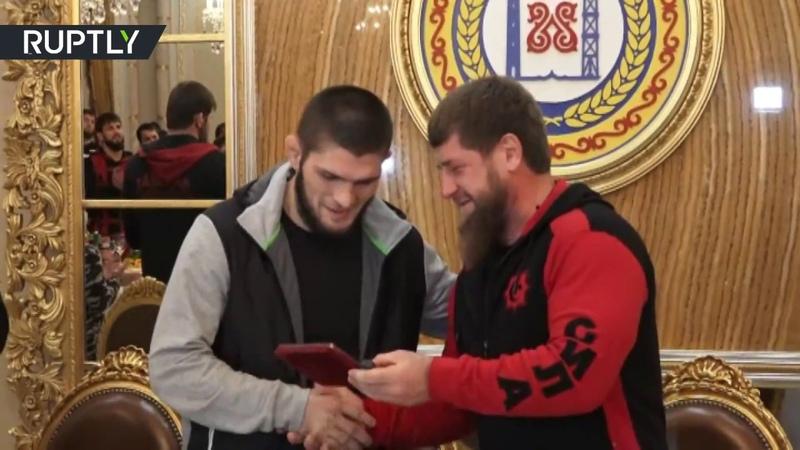 Kadyrov makes Khabib honorary citizen of Grozny
