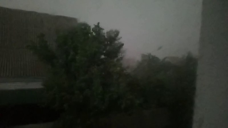 Буревій у Чорнобаї 1 июля 2017
