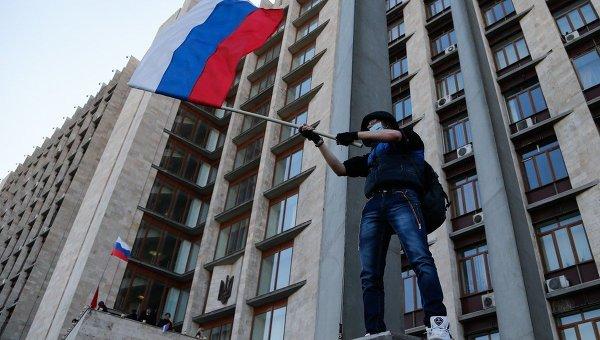 Санкция использовать ВС РФ на Украине в силе, напомнили в Думе.