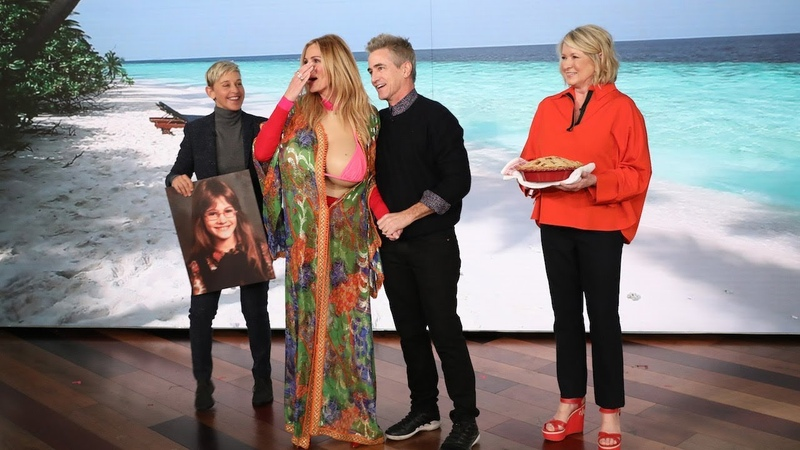 Julia Roberts Gets a Surprise from Her My Best Friends Wedding Co-Star