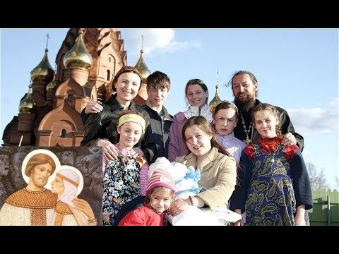 FAMILY VALUES: Russia Celebrates Day of Love, Family and Fidelity, While West Drowns in Vice