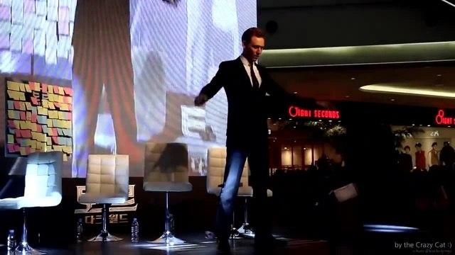 Локи танцует ^_^