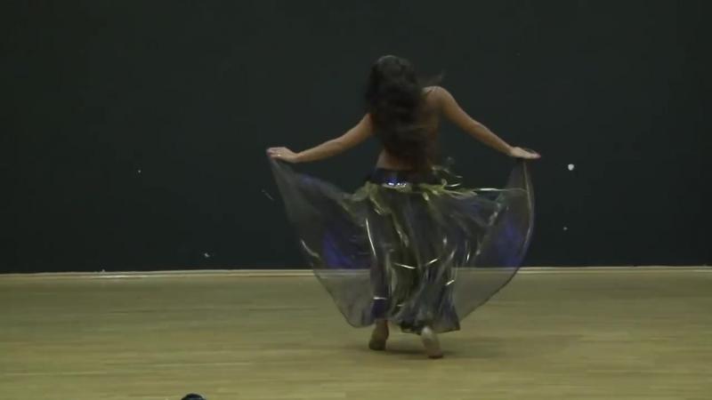 Шикарный Восточный танец живота. Танцует Натали Хей.mp4