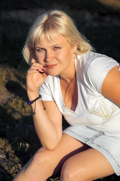 Елена Лисина