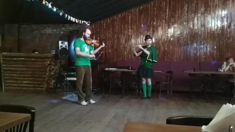 Singing Flute Jokey Violin Brian Boru