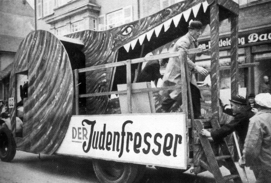 «Пожиратель евреев». Карнавал в Германии, 1939 год.