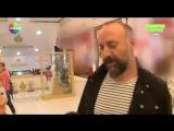 Интервью с Халитом Эргенчем в торговом центре
