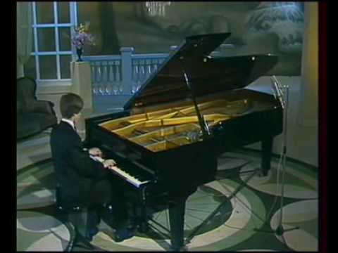 Lugansky plays Rachmaninov - Etude-Tableaux Op.33 No.8