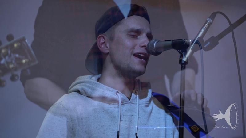 Синтезаторщики - Звонко и Сладко (Живое выступление в кафе Ауровилль, Спб, 2018)