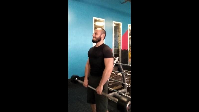 Долбим дельты.. @ivanovtrainer в @alex_fitness_mariel ивановфитнес ivanovtrainer alexfitnesstrainer alexfitnessmarino трен