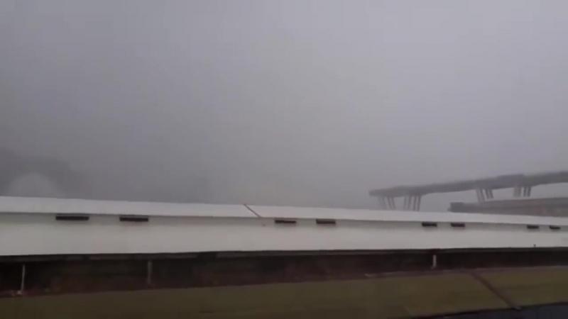 CROLLO PONTE GENOVA Ponte Morandi su AUTOSTRADA A10 DISGRAZIA - YouTube (720p)
