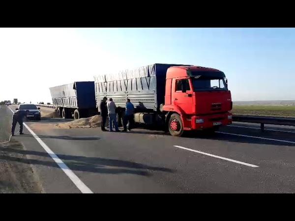 В Ставропольском крае столкнулись рейсовый автобус и грузовик