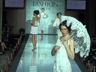 Estet Fashion Week 2014/15_FASHION SHOW_ Маргарита Бортникова. Смотри меня с 2.50мин )))) Olay Volna