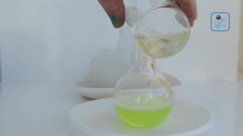 Пенный взрыв из калий йодистого и пергидроля Клуб юных химиков Фарадей