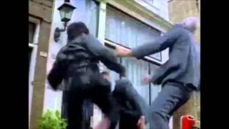 Джеки Чан: комбинации ударов