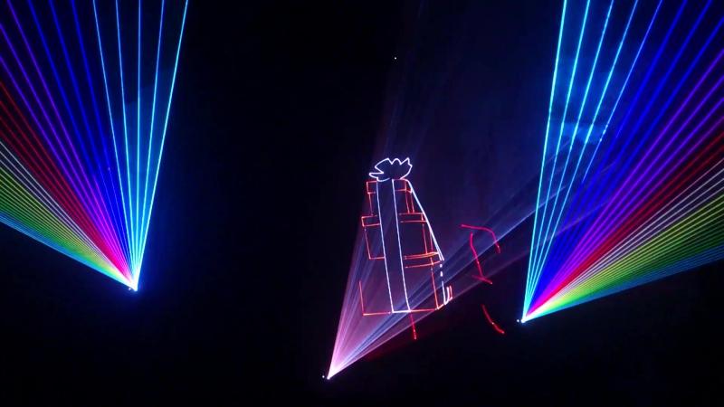 LightSpace 4 Ватта Три лазера По центру графика по бокам Бим Шоу