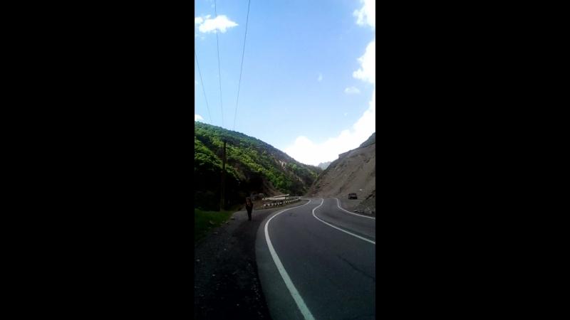 дорога через ущелье