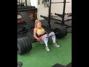 Хатти Бойдл мостик с весом 200кг на 10 раз