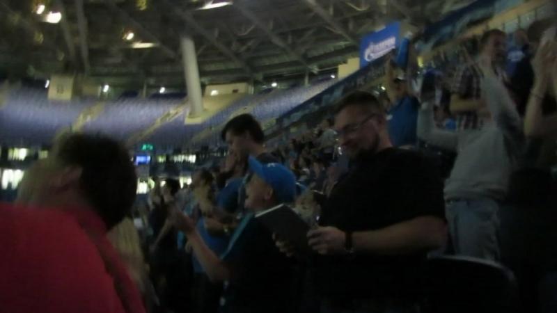 Эмоции после 6-ого гола Зенита в ворота минского Динамо