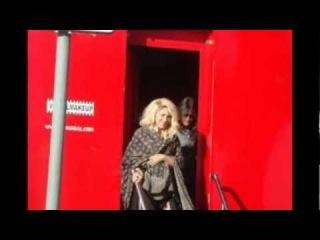 Shakira - Truth Or Dare (On the Dancefloor) (Behind The Scenes) PREMIERE