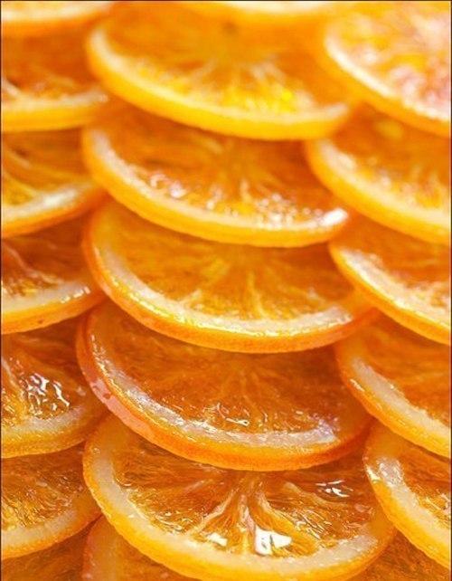 1.По возможности лучше брать апельсины среднего размера. . Нарезать фрукты
