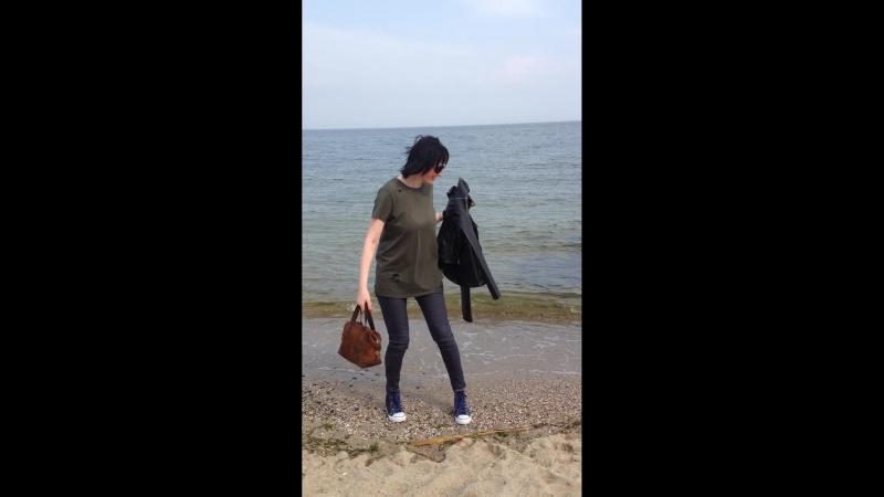 у моря хожу