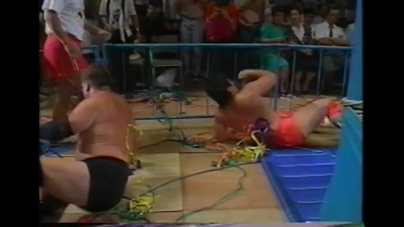 1993.07.09 - Mitsuharu Misawa/Kenta Kobashi vs. Stan Hansen/Big Bubba