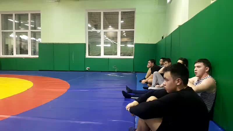 Мастер-класс по национальной борьбе Кореш