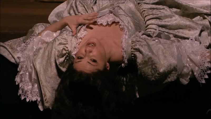 Anna Netrebko- I Puritani- Deh Vieni al Tempio - Act I- Madness Scene Act II - MET 2007