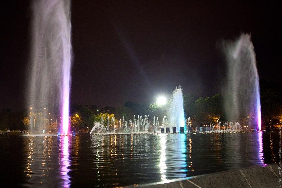 парк Горького муызкальный фонтан