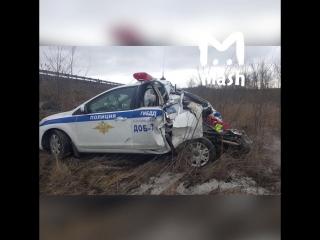Фура протаранила автомобиль ДПС на М-4 в Ростовской области. 16 марта.