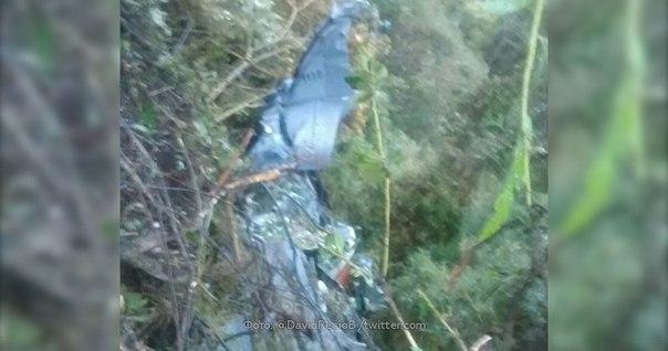 ntv.ru/novosti/1802698/  Восемь человек погибли при крушении самолета в Колумбии.