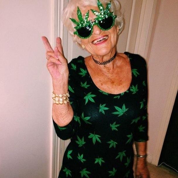 Красивые бабушки, Бабушки старушки, Зрелые женщины