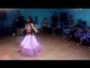 Викуля танцевала для тёти на свадьбе