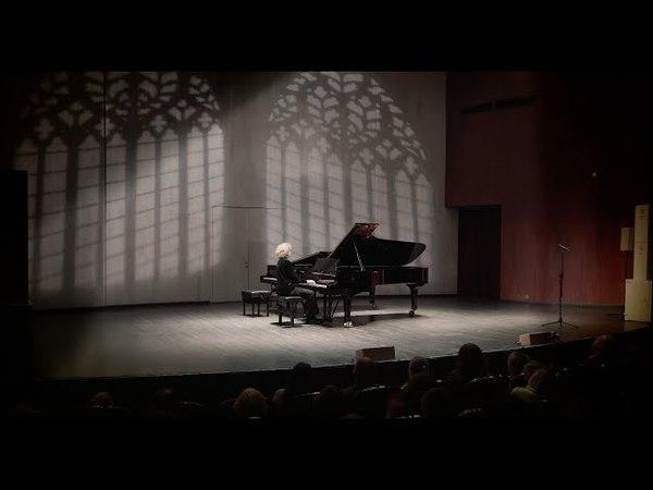 Иван Бессонов Моцарт Соната F dur Mozart sonate F dur 1st mv