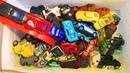 Тачки Молния Маквин и его Друзья Много Машинок Побег из Коробки Игрушки Видео для Детей