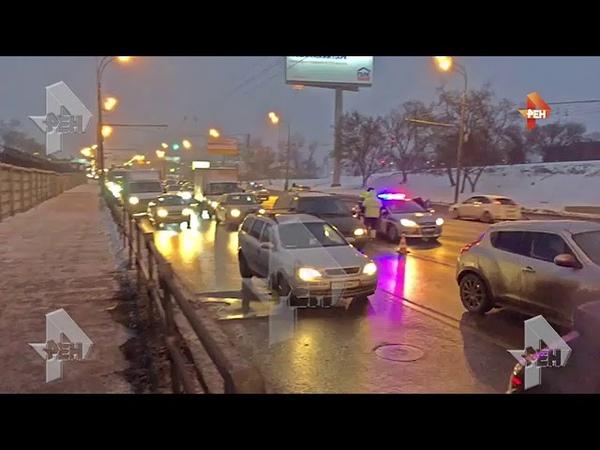 Видео многокилометровая пробка образовалась после массового ДТП на юго-востоке Москвы