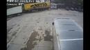 Глаз-алмаз@Джон Миллиметрон водитель фуры заламывает полуприцеп в миллиметре от поста охраны!