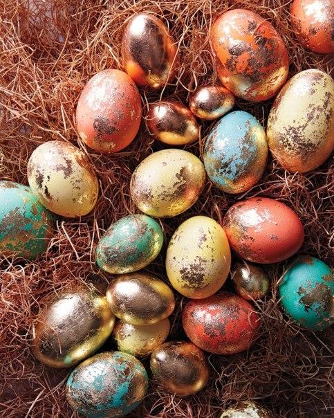 Декор яиц с помощью фольги (9 фото) - картинка