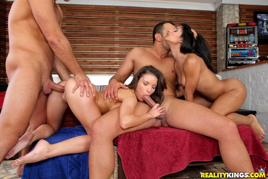 Anita Berlusconi, Ria Rodrigez Euro Sex Parties: Simply stunning
